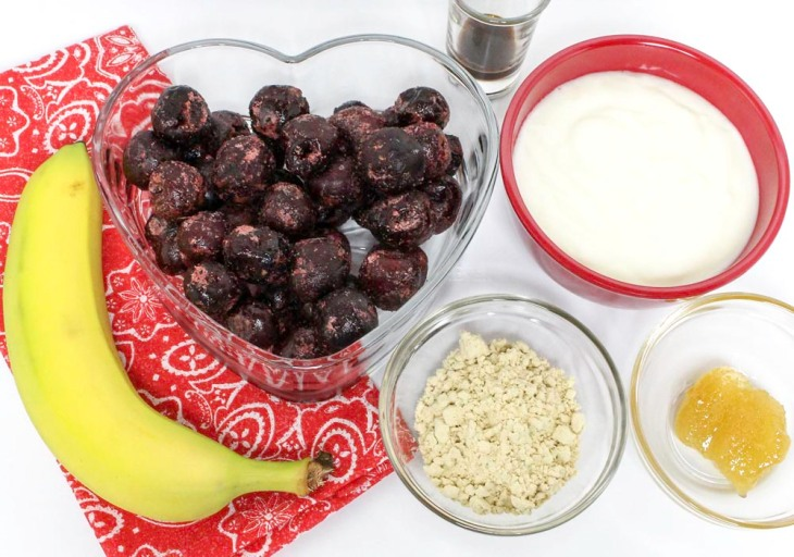 Sweet Dark Cherries and Banana Smoothie for Two