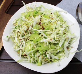 Crunchy Cabbage Salad With Almonds