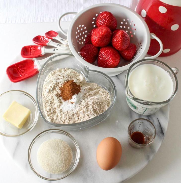 Fresh Strawberry Shortcake Pancakes With Coconut Cream