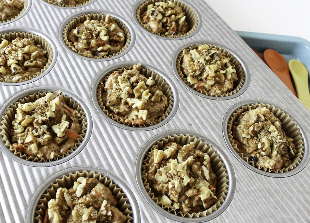 Carrot Cake Oatmeal Muffins with Walnuts and Raisins ...
