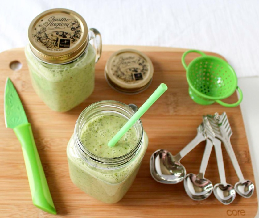 Nutritious Romaine Smoothie with Sweet Fuji Apple