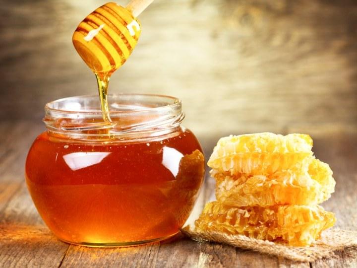 Jar of Honey with Honeycomb