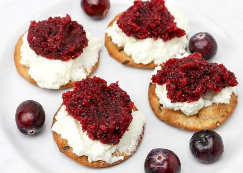 Cranberry Relish, Ricotta and Crackers Snack