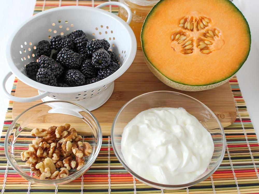 Cool Cantaloupe and Blackberry Yogurt Parfait