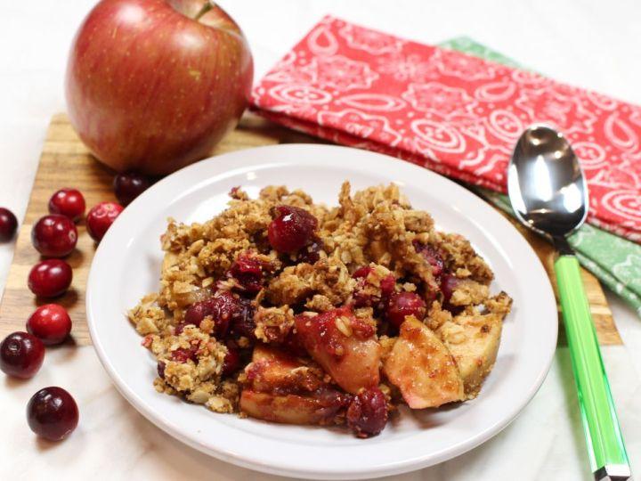 Tart Cranberry and Fuji Apple Oat Crumble