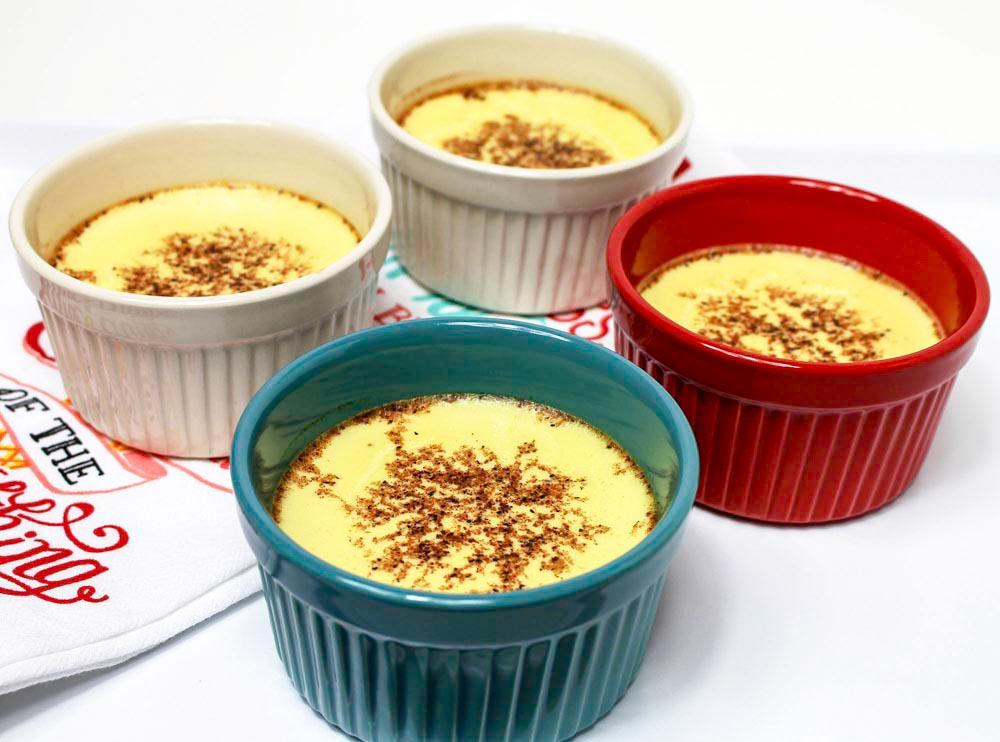 Creamy Vanilla Custard with Aromatic Nutmeg